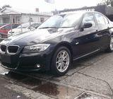 BMW 320i Sedan 2010 for sale